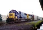 CSX 8564 on Q-254
