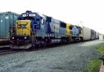 CSX 8661 on Q-254