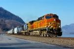 BNSF 4378 on Q-433