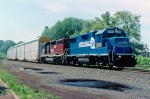 CSX 2805 on Q-273