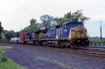 CSX 7900 on Q-165