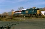 CSX 8672 on Q-254