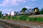 CSX 7598 on Q-118