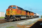 BNSF 4671 on Q-110