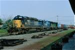 CSX 8205 on Q-112