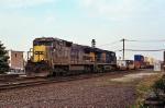 CSX 7587 on Q-164