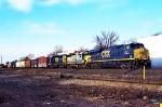 CSX 941 on Q-433
