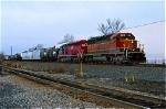 BNSF 8018 on Q-433