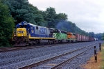 CSX 7037 on Q-433