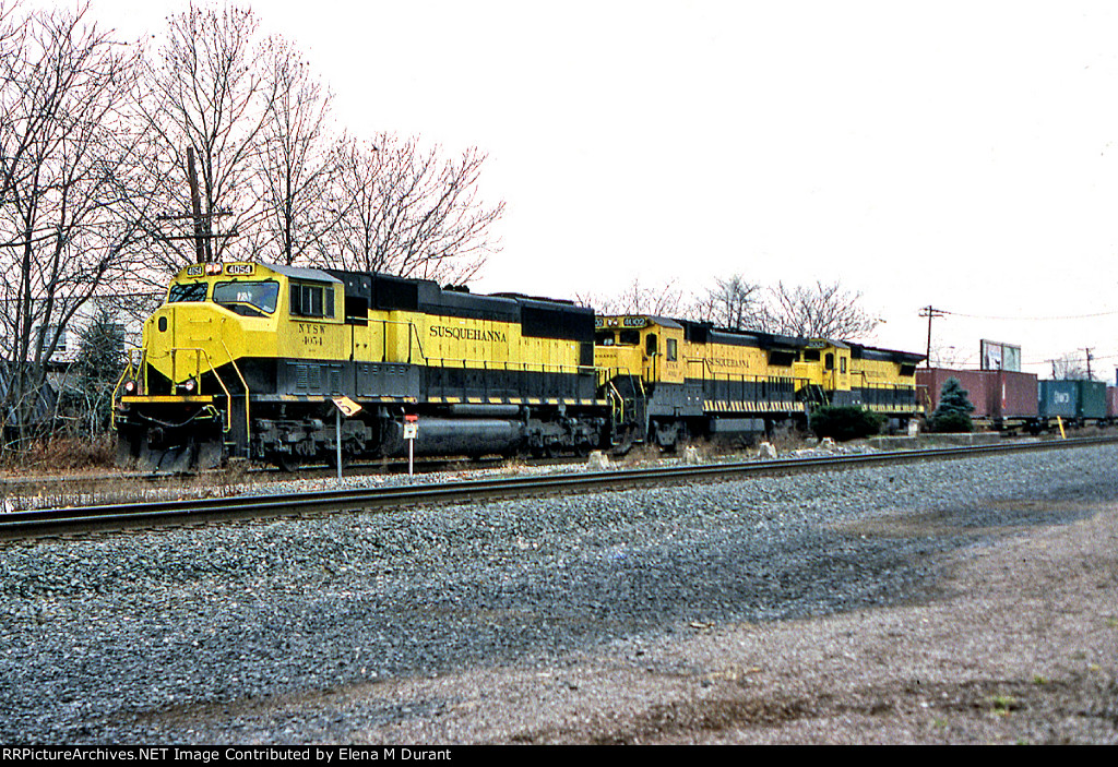 NYSW 4054 on 258