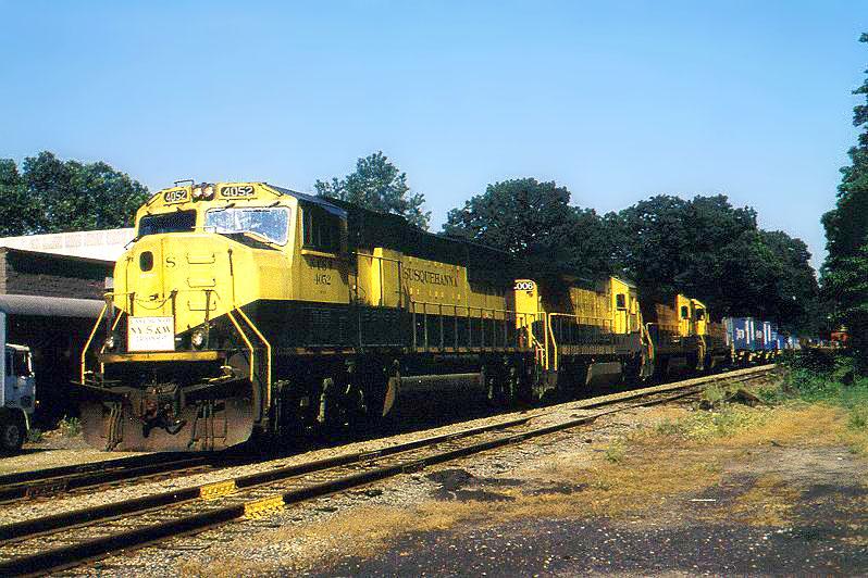NYSW 4052 on train 257