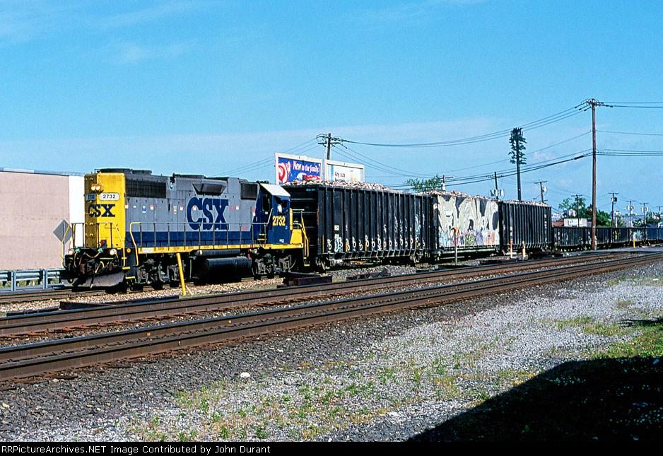 CSX 2732 on WSX