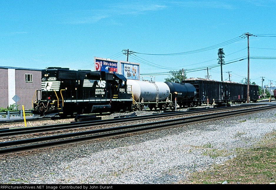 NS 5293 on WSX