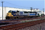 CSX 8596 and HLCX 4415