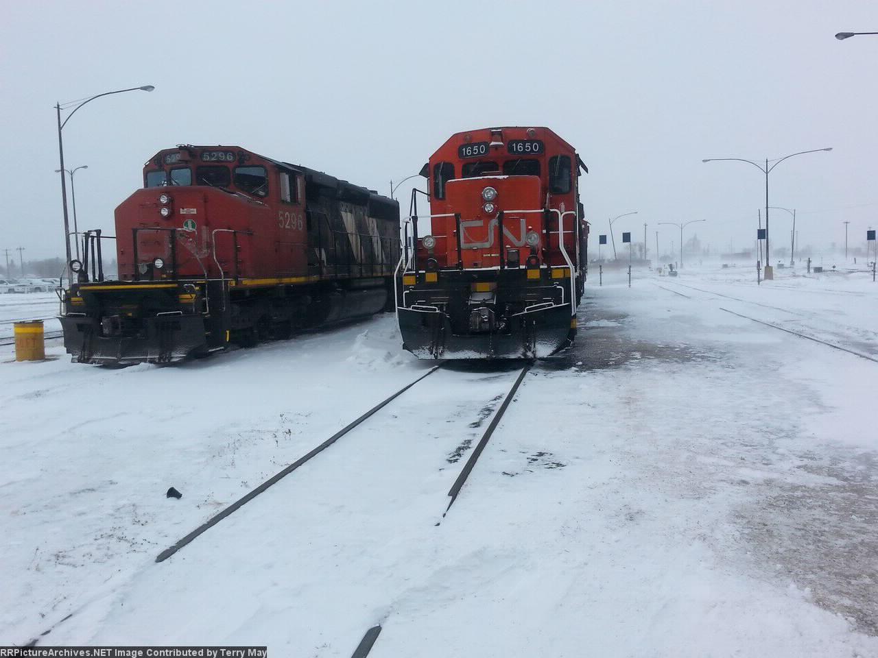 CN 5296 with CN 1650