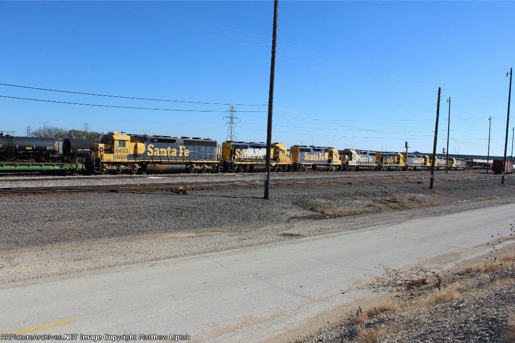 BNSF 6493, 2452, 2517, 2560, and 2432  GN 6512, 6477, and 6504
