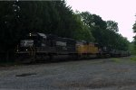 NS SD70 2503 leads 21M
