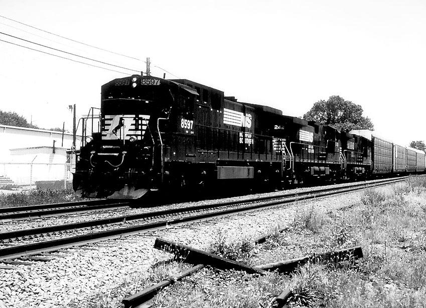 NS 8597 on 211