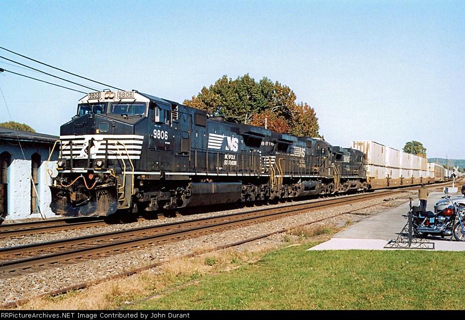 NS 9806 on 213