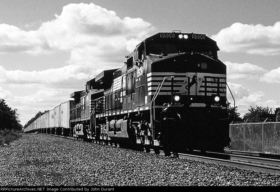 NS 9506 on I-62