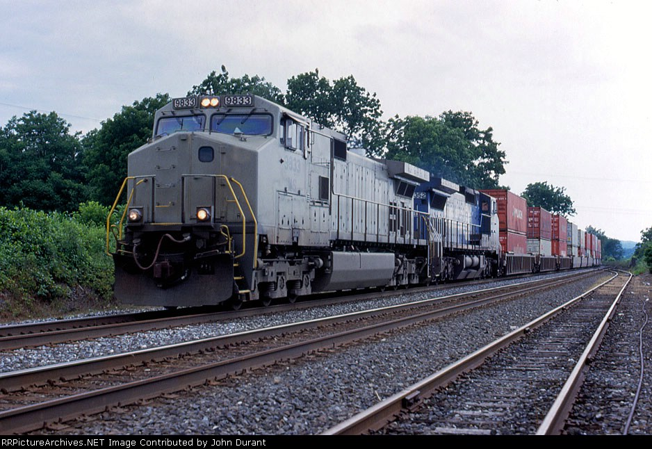 NS 9833 on 24V