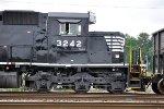 NS 3242