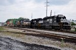 NS 9071 on NS 285 passing G90