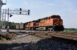 BNSF 6073 on NS 735