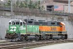 BNSF 2075 & BNSF 2298 idling at the West Seattle yard