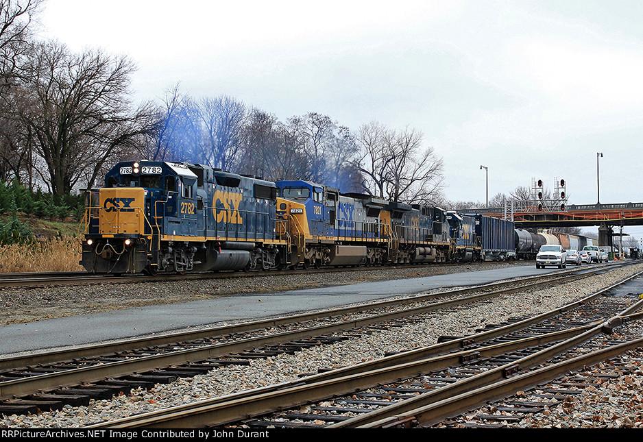 CSX 2782 on Q-434