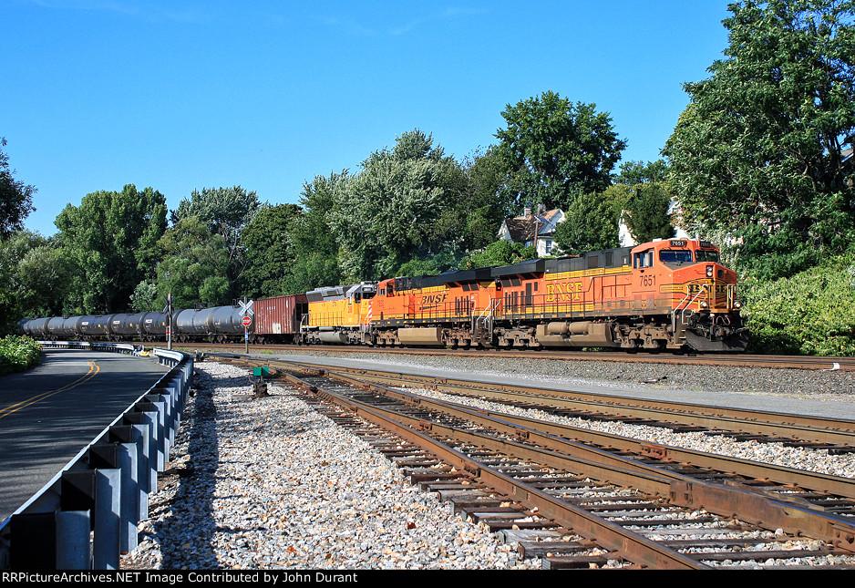 BNSF 7651 on K-138