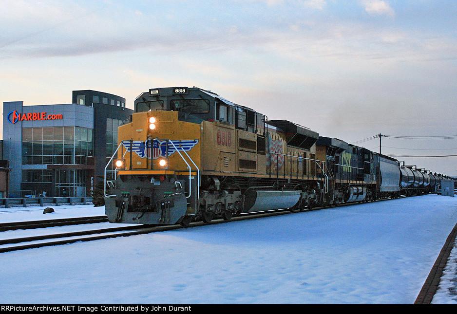 UP 8818 on K-680