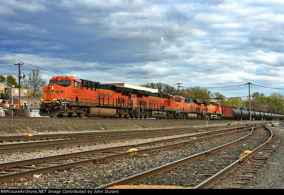 BNSF 6561 on K-139