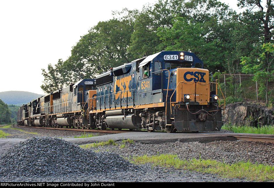 CSX 6341 on Q-711