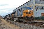 CSX 403 on Q-417