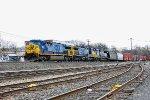 CSX 633 on Q-438
