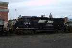 NS GP40-2 3025 trails on 10A