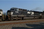 NS D8-40CW 8406 trails on 21T