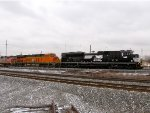 NS 1149 and BNSF 7176