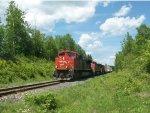 CN 8815 Leads CN Train 473