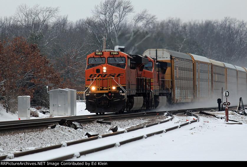 BNSF 7085