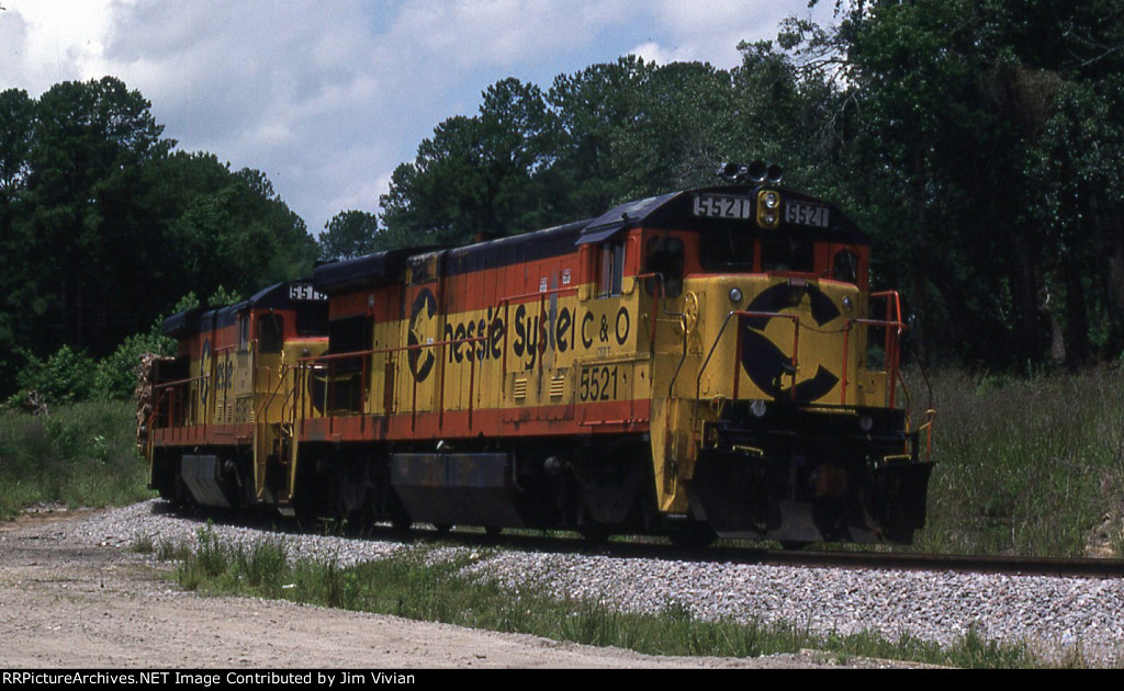CSX 5521 on the C&WC wye
