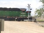 BNSF 1693 at crossing gates