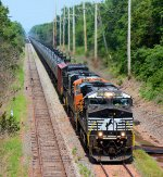 NS 8109 CSX Train K140 Crude Oil Loads
