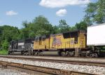 Steeler Colors in Steeler Country!  Eastbound NS 20W