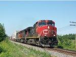 CN 2571 leads train 120