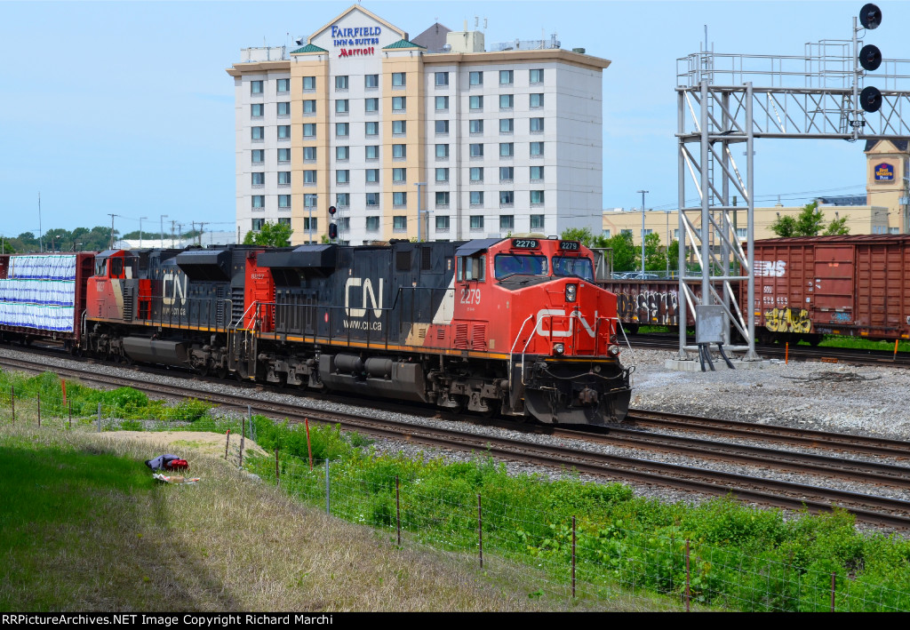 CN 2279