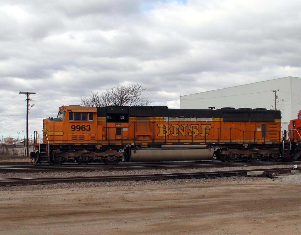 BNSF 9963