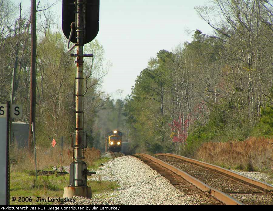 Dynamics howling, Q606-07 catches an unexpected Red at the south end of Molino
