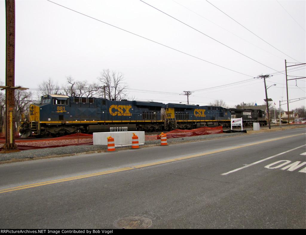 CSX 881 and 768; NS 9401